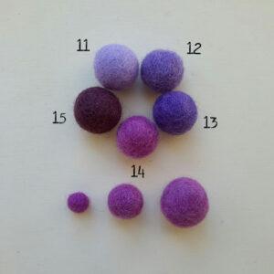 Palline in feltro nella gamma dal lilla al viola - Cose di Laura creatività in feltro