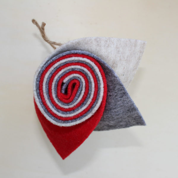 Girella feltro 2 mm sabbia, grigio e rosso vivo - Cose di Laura creatività in feltro