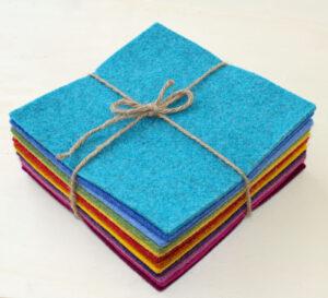 Quadrotto feltro 3 mm arcobaleno - Cose di Laura creatività in feltro