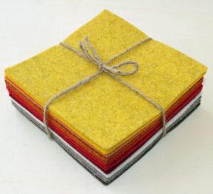 Quadrotto feltro 3 mm arancio e beige - Cose di laura creatività in feltro