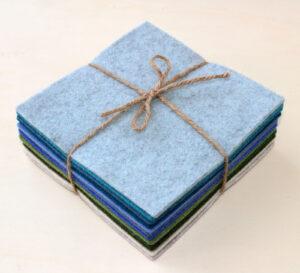 Quadrotto feltro 3 mm azzurri, verdi e beige - Cose di Laura creatività in feltro