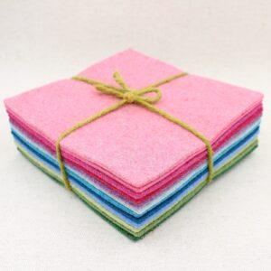 Quadrotto in feltro 3mm rosa, azzurro e verde - Cose di Laura creatività in feltro