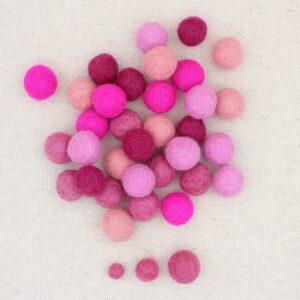 Mix palline feltro cipria, rosa rosa scuro, fuxia e magenta - Cose di Laura creatività in feltro