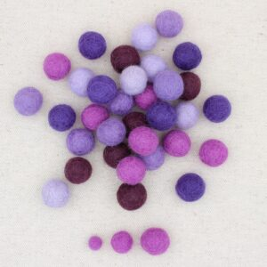 Mix palline feltro lilla, lavanda, viola, ametista e melanzana - Cose di Laura creatività in feltro