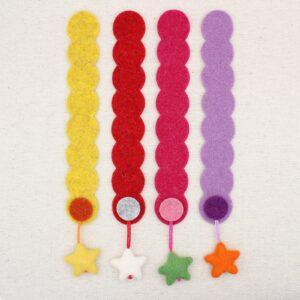 Segnalibro striscia in feltro con pendente a stella - Cose di Laura creatività in feltro