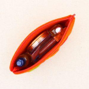Pochette in feltro arancione con fiore - Cose di Laura creatività in feltro