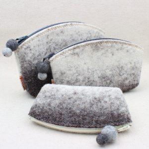 Pochette in feltro grigio melange - Cose di Laura creatività in feltro