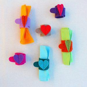 Portatovaglioli in feltro con cuori - Cose di Laura creatività in feltro