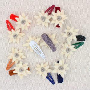 Molletta ed elastico per capelli con stella alpina in feltro - Cose di Laura creatività in feltro