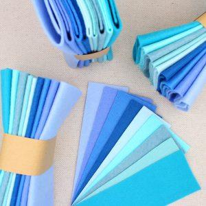 Mix 9 colori di panno lana in tagli 30x30 cm, tonalità azzurro e turchese - Cose di Laura creatività in feltro