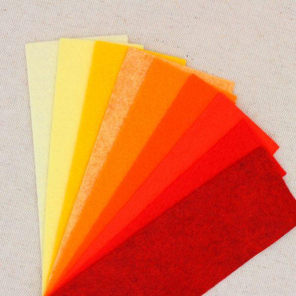 Mix 9 colori di panno lana in tagli 30x30 cm, tonalità giallo, arancio e rosso - Cose di Laura creatività in feltro