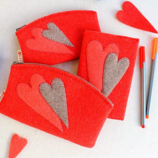 Set astucci e quadernetto corallo con cuori - Cose di Laura creatività in feltro