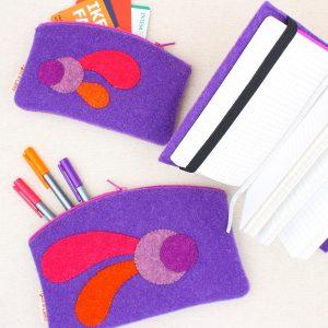 Set astucci e quadernetto lavanda con bolli e virgole - Cose di Laura creatività in feltro