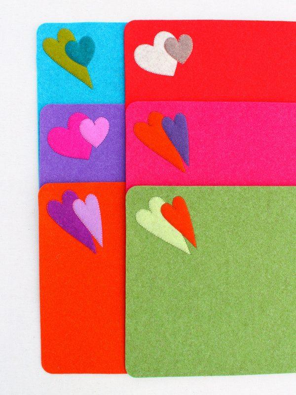 Tovagliette colazione in feltro con decorazione a cuore - Cose di Laura creatività in feltro