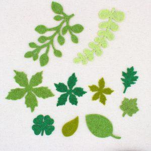 Diverse forme di foglie e rametti in feltro - Cose di Laura creatività in feltro