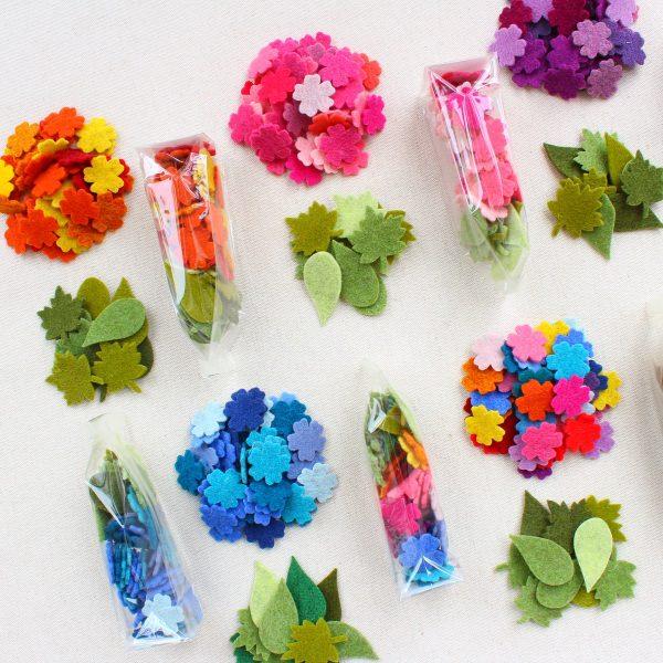 Mix fiorellini e foglie in feltro 2 mm - Cose di Laura creatività in feltro